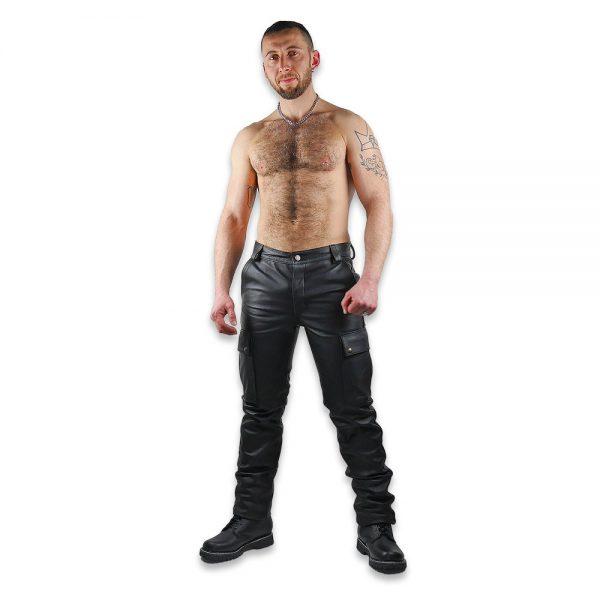 Cuir - Une production Rex - Pantalon treillis en cuir de cheval. Devant.
